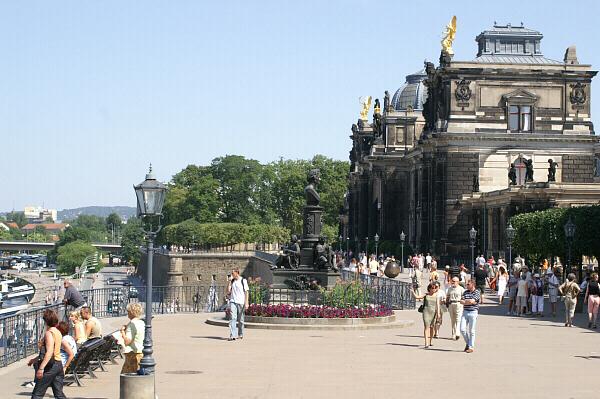 Dresden Bruhlsche Terrasse Kasematten